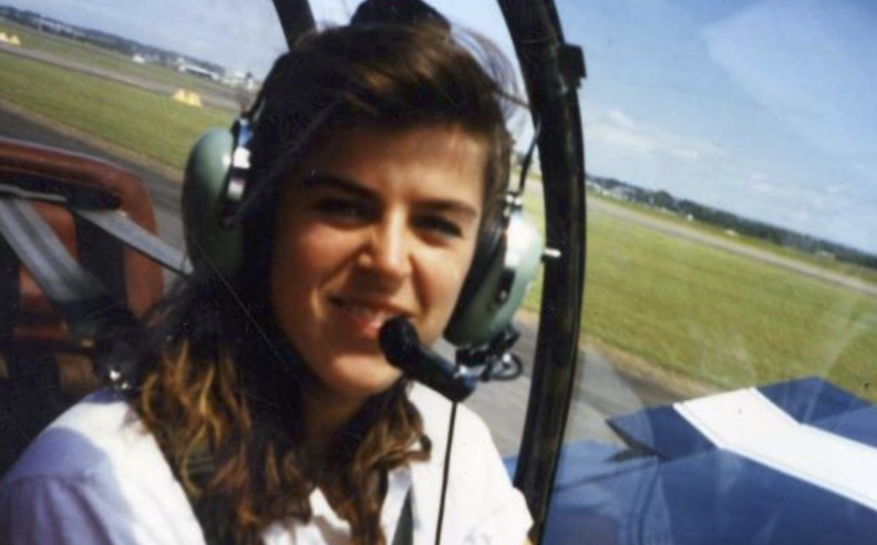 Female skier who lost half of her body still became a talented pilot